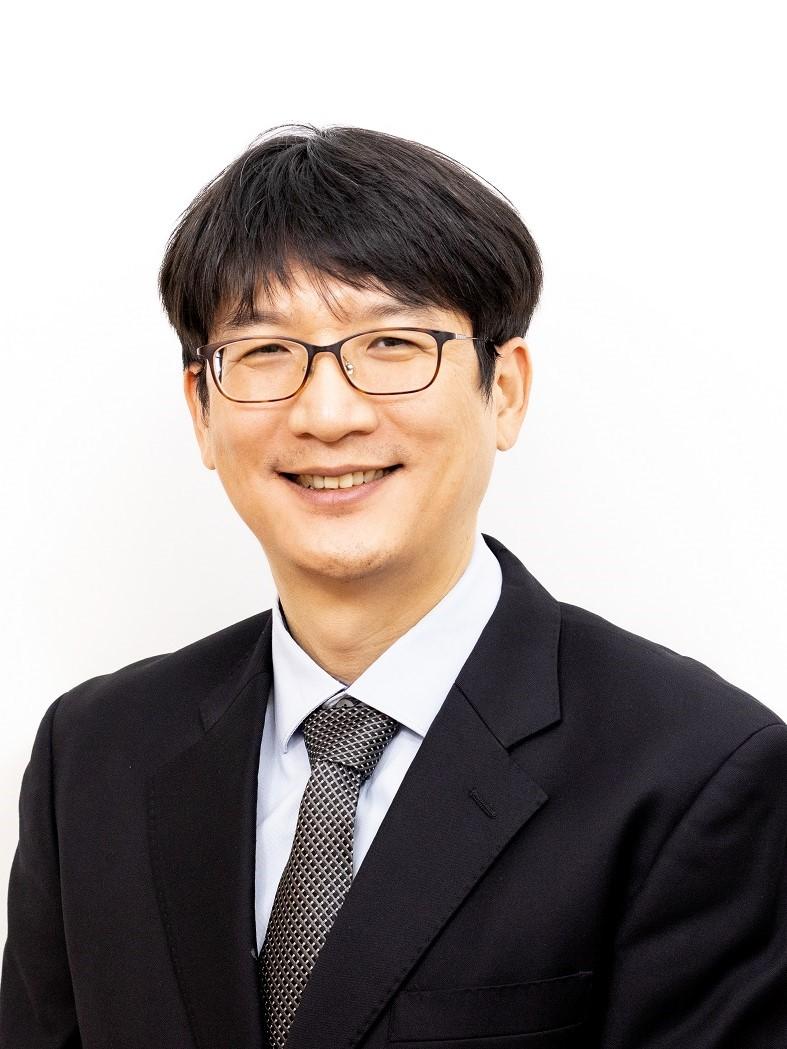 Yoo Seong Woo
